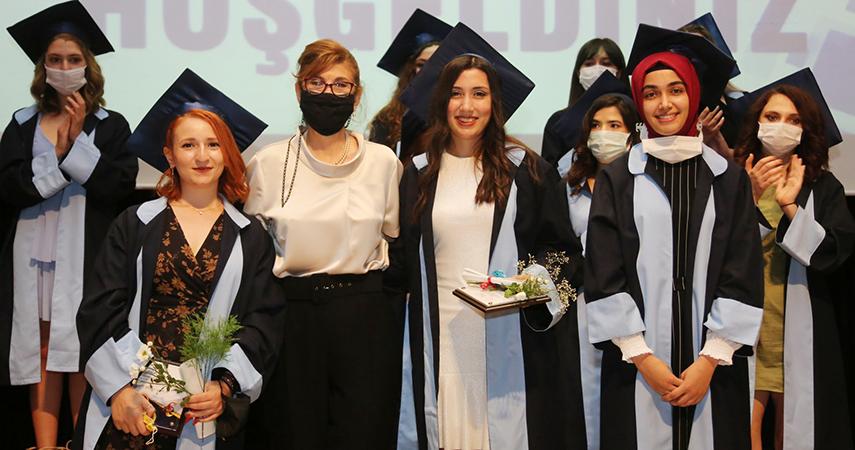 Sağlık Bilimleri Fakültesi Mezuniyet Töreni gerçekleşti
