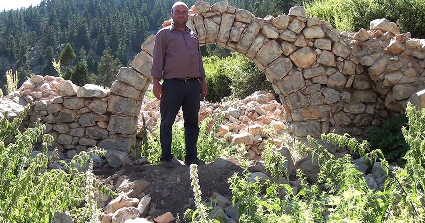 Tarihi Nodar Han ve hana ait kemerli kuyu define avcıları tarafından talan edildi