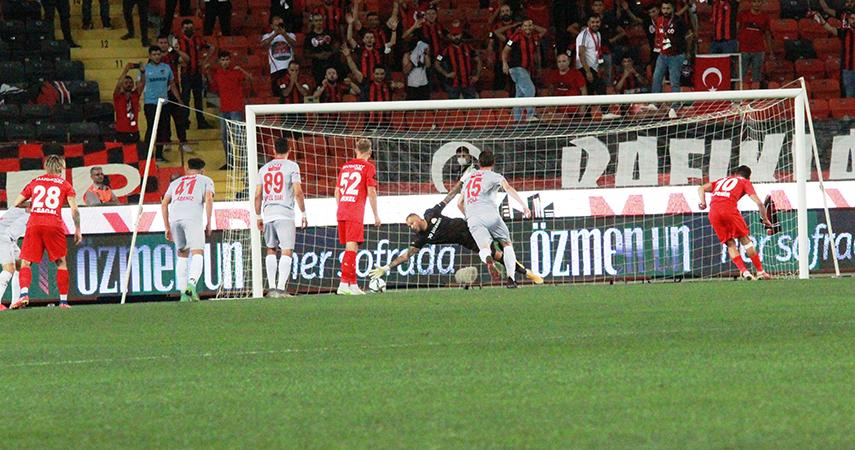 Süper Lig: Gaziantep FK: 2 - FTA Antalyaspor:0